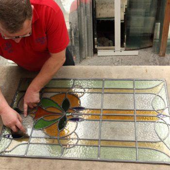expert glass cutter Newport